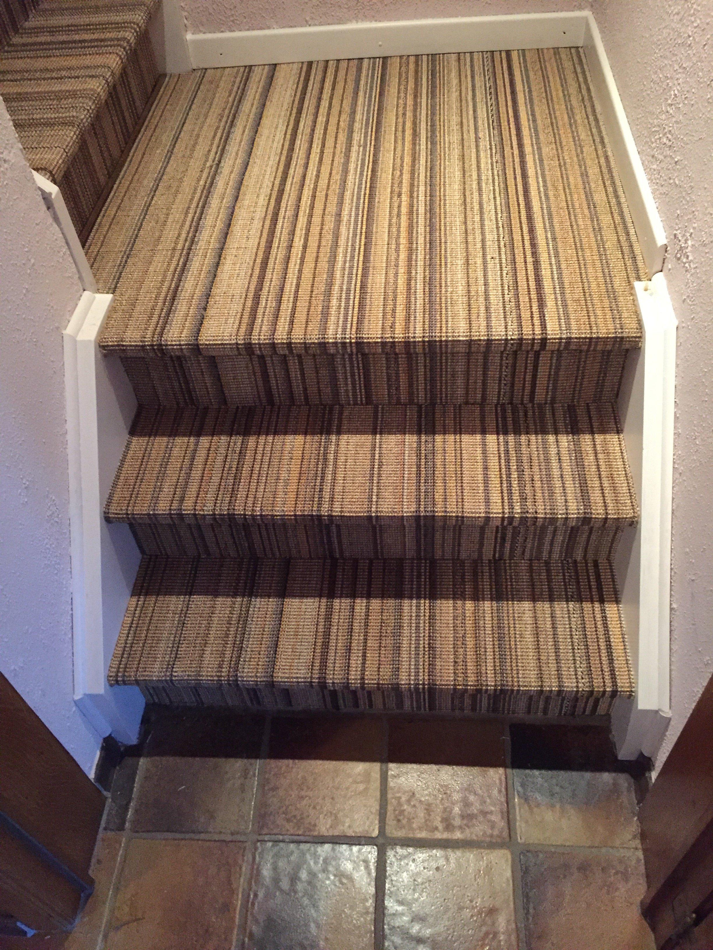 pose escalier , pose de sisal sur escalier | Walter Tiegel à Gembloux